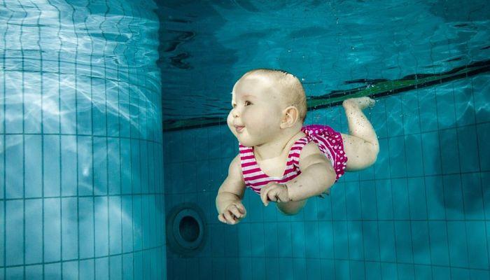 Cuando se Puede Bañar un Bebé en la Piscina