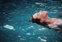 agua limpia depuradora mujer